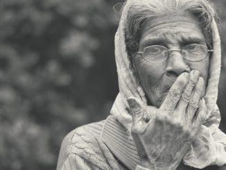 señora con demencia