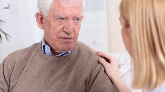 conversación con anciano
