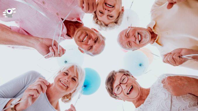 ancianos contentos