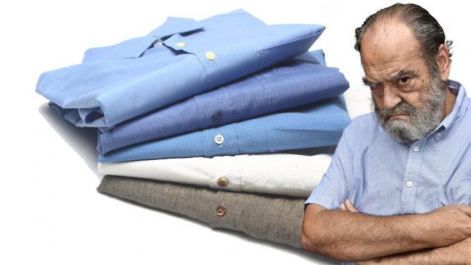 anciano camisa azul