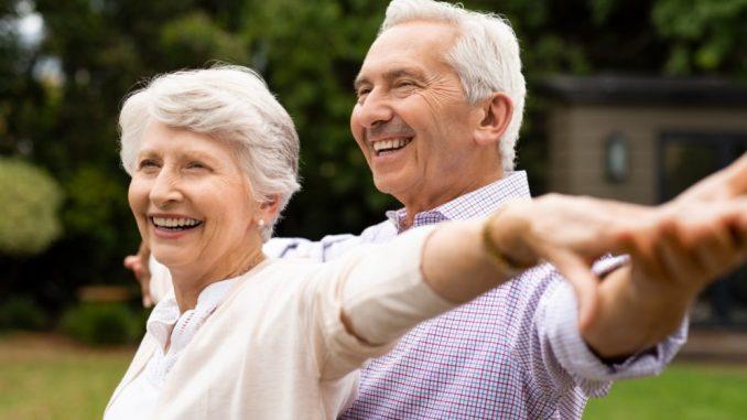 ancianos activos